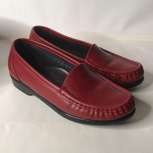 SAS woman's Red leather loafers Size 5.5 M